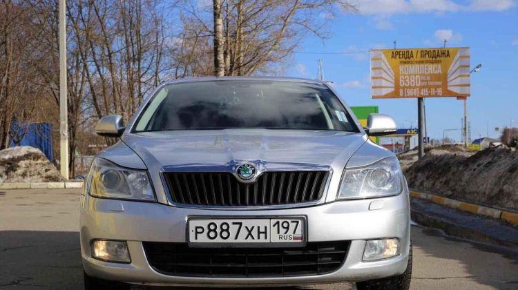 Skoda Octavia, хэтчбек, 2012г.в., пробег: 98000км вМоскве, хэтчбек, серебристый, бензин, цена— 620000 рублей. Фото 1