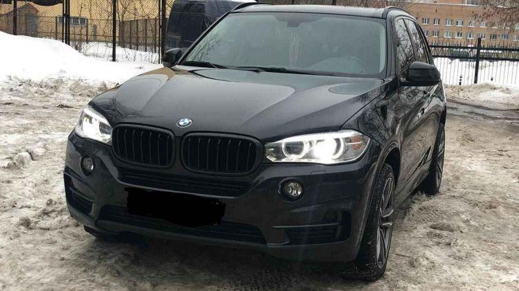 BMW X5, внедорожник, 2016г.в., пробег: 55000км вМоскве, внедорожник, черный, дизель, цена— 2980000 рублей. Фото 1