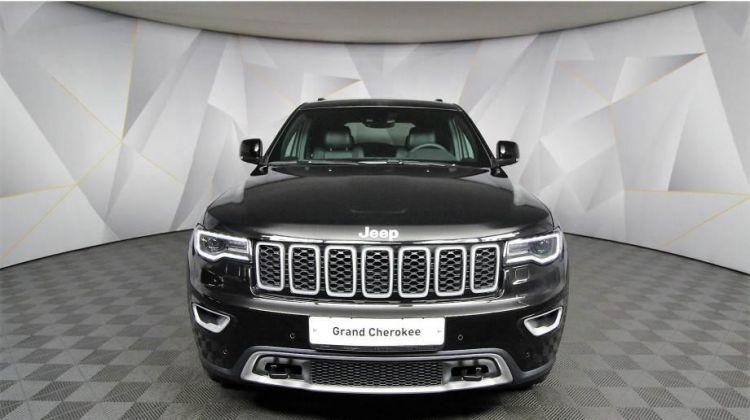 Продается Jeep Grand Cherokee 2018 вПерми, внедорожник, черный, бензин, цена— 3644000 рублей. Фото 1