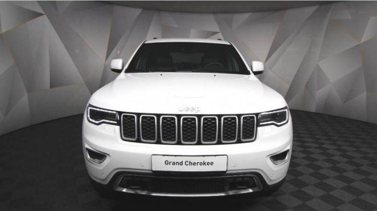 Продается Jeep Grand Cherokee 2018 вПерми, внедорожник, белый, бензин, цена— 3170000 рублей. Фото 1