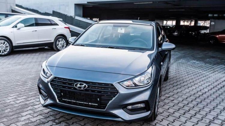 Продается Hyundai SolarisII 2018 вПерми, седан, серый, бензин, цена— 864000 рублей. Фото 1